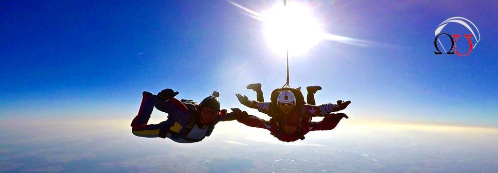 najtańsze skoki spadochronowe